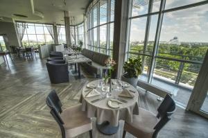 Bellevue Park Hotel Riga aicina ikvienu izbaudīt īpašo rudens nedēļas piedāvājumu 11.stāva panorāmas restorānā Le Sommet 13