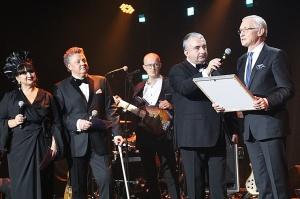 Latvijas populārākais šefpavārs Mārtiņš Rītiņš lielā draugu un viesu pulkā svin 70 4