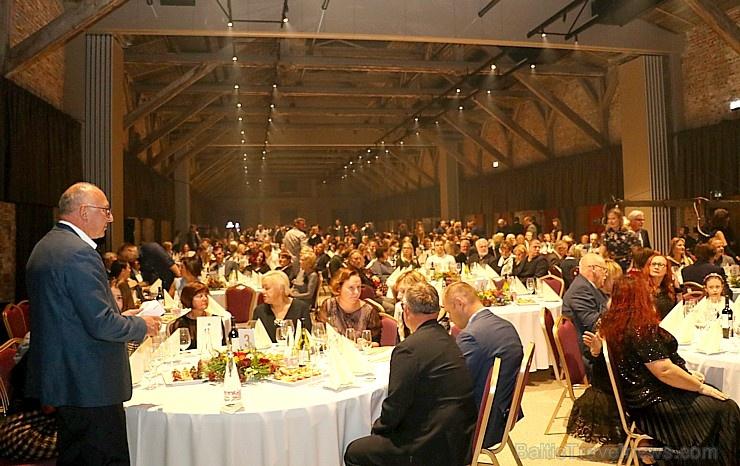 Travelnews.lv piedāvā dažus fotomirkļus no Latvijas populārākā šefpavāra Mārtiņa Rītiņa jubilejas