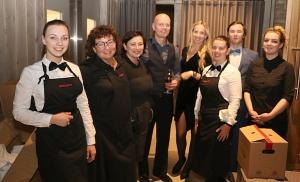 Travelnews.lv piedāvā dažus fotomirkļus no Latvijas populārākā šefpavāra Mārtiņa Rītiņa jubilejas 54