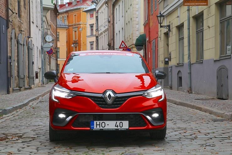 Travelnews.lv apceļo Latviju ar jauno piektās paaudzes «Renault Clio TCe 130»