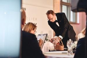 Rīgā norisinājās Baltijas labāko vīnziņu konkurss Vana Tallinn Grand Prix 2019, kurā par labākā vīnziņa un labākā jaunā vīnziņa titulu cīnījās pretend 5