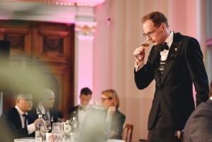 Rīgā norisinājās Baltijas labāko vīnziņu konkurss Vana Tallinn Grand Prix 2019, kurā par labākā vīnziņa un labākā jaunā vīnziņa titulu cīnījās pretend 9