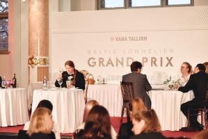 Rīgā norisinājās Baltijas labāko vīnziņu konkurss Vana Tallinn Grand Prix 2019, kurā par labākā vīnziņa un labākā jaunā vīnziņa titulu cīnījās pretend 12