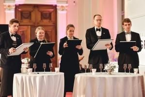Rīgā norisinājās Baltijas labāko vīnziņu konkurss Vana Tallinn Grand Prix 2019, kurā par labākā vīnziņa un labākā jaunā vīnziņa titulu cīnījās pretend 19