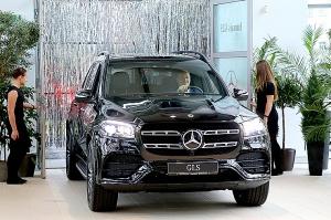 «Domenikss» medijiem prezentē jaunās paaudzes «Mercedes Benz GLS» apvidus automobili 5