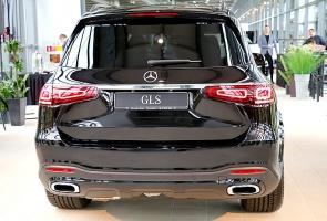«Domenikss» medijiem prezentē jaunās paaudzes «Mercedes Benz GLS» apvidus automobili 9