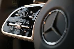 «Domenikss» medijiem prezentē jaunās paaudzes «Mercedes Benz GLS» apvidus automobili 16