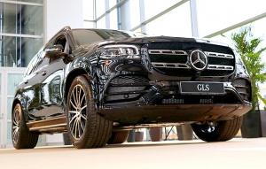 «Domenikss» medijiem prezentē jaunās paaudzes «Mercedes Benz GLS» apvidus automobili 23