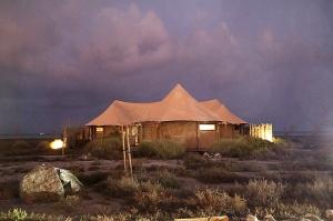 Travelnews.lv ar nakšņojumu iepazīst burvīgu vietu uz salas «Kingfisher Lodge». Atbalsta: VisitSharjah.com un Novatours.lv 25