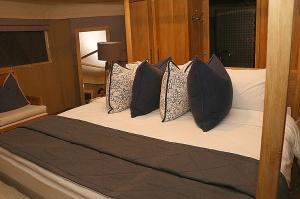 Travelnews.lv ar nakšņojumu iepazīst burvīgu vietu uz salas «Kingfisher Lodge». Atbalsta: VisitSharjah.com un Novatours.lv 35