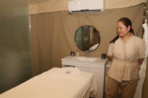 Travelnews.lv ar nakšņojumu iepazīst burvīgu vietu uz salas «Kingfisher Lodge». Atbalsta: VisitSharjah.com un Novatours.lv 49
