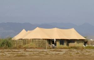 Travelnews.lv ar nakšņojumu iepazīst burvīgu vietu uz salas «Kingfisher Lodge». Atbalsta: VisitSharjah.com un Novatours.lv 72