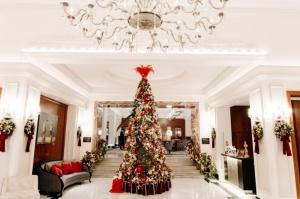 Viesnīca Grand Hotel Kempinski turpinot tradīciju pulcē rīdziniekus uz svinīgo Ziemassvētku egles iedegšanas ceremoniju 1