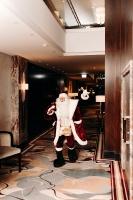Viesnīca Grand Hotel Kempinski turpinot tradīciju pulcē rīdziniekus uz svinīgo Ziemassvētku egles iedegšanas ceremoniju 11