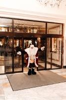 Viesnīca Grand Hotel Kempinski turpinot tradīciju pulcē rīdziniekus uz svinīgo Ziemassvētku egles iedegšanas ceremoniju 33