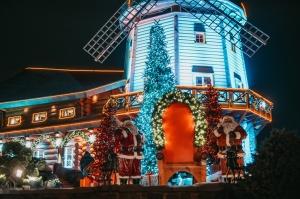 Tuvojoties Ziemassvētkiem, atpūtas centrs LIDO iemirdzējies īpaši spoži 15