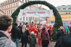 Ziemassvētku vecīšu labdarības skrējiens ir pozitīvām emocijām piepildīts pasākums, kurā ik gadu piedalās simtiem jautru dalībnieku ar mērķi palīdzēt  3