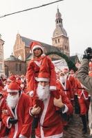 Ziemassvētku vecīšu labdarības skrējiens ir pozitīvām emocijām piepildīts pasākums, kurā ik gadu piedalās simtiem jautru dalībnieku ar mērķi palīdzēt  40
