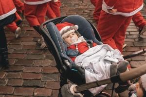 Ziemassvētku vecīšu labdarības skrējiens ir pozitīvām emocijām piepildīts pasākums, kurā ik gadu piedalās simtiem jautru dalībnieku ar mērķi palīdzēt  44