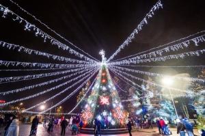 Daugavpils Ziemassvētku laikā saposusies īpaši grezni 13