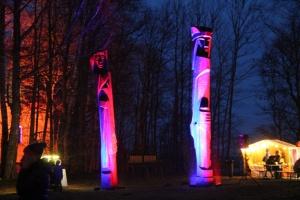 Lielvārdes muižas parku pasākumā «Sveču nakts» piepilda gaismas un uguns mistērija 5