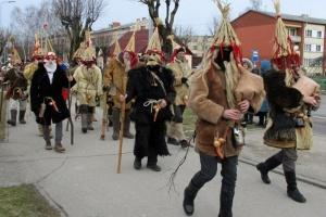 Līvānos norisinājās XXI Starptautiskais masku tradīciju festivāls, kurā piedalījās 24 masku grupasno Latvijas un citām valstīm 1