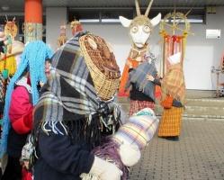 Līvānos norisinājās XXI Starptautiskais masku tradīciju festivāls, kurā piedalījās 24 masku grupasno Latvijas un citām valstīm 2