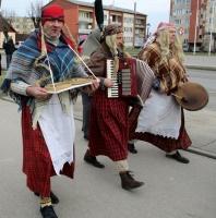 Līvānos norisinājās XXI Starptautiskais masku tradīciju festivāls, kurā piedalījās 24 masku grupasno Latvijas un citām valstīm 3