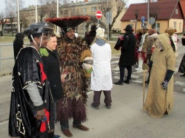 Līvānos norisinājās XXI Starptautiskais masku tradīciju festivāls, kurā piedalījās 24 masku grupasno Latvijas un citām valstīm 17