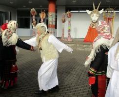 Līvānos norisinājās XXI Starptautiskais masku tradīciju festivāls, kurā piedalījās 24 masku grupasno Latvijas un citām valstīm 18
