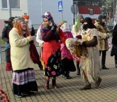Līvānos norisinājās XXI Starptautiskais masku tradīciju festivāls, kurā piedalījās 24 masku grupasno Latvijas un citām valstīm 19