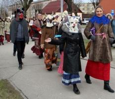 Līvānos norisinājās XXI Starptautiskais masku tradīciju festivāls, kurā piedalījās 24 masku grupasno Latvijas un citām valstīm 20