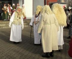 Līvānos norisinājās XXI Starptautiskais masku tradīciju festivāls, kurā piedalījās 24 masku grupasno Latvijas un citām valstīm 24