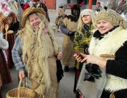 Līvānos norisinājās XXI Starptautiskais masku tradīciju festivāls, kurā piedalījās 24 masku grupasno Latvijas un citām valstīm 25