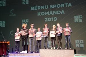 Travelnews.lv piedāvā dažus fotomirkļus no «Ogres novada Sporta laureāts 2019» 9