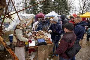 Rēzeknē svin tradicionālos slāvu tautību svētkus «Masļeņica» 30