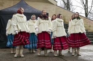 Rēzeknē svin tradicionālos slāvu tautību svētkus «Masļeņica» 38
