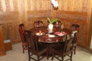 Travelnews.lv iepazīst Bali džungļu viesnīcas «Ayung Resort Ubud» villas.  «Turkish Airlines» un «365 Brīvdienas» 9