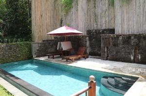 Travelnews.lv iepazīst Bali džungļu viesnīcas «Ayung Resort Ubud» villas.  «Turkish Airlines» un «365 Brīvdienas» 13