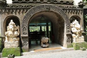 Travelnews.lv iepazīst Bali džungļu viesnīcas «Ayung Resort Ubud» villas.  «Turkish Airlines» un «365 Brīvdienas» 22