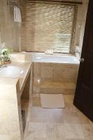 Travelnews.lv iepazīst Bali džungļu viesnīcas «Ayung Resort Ubud» villas.  «Turkish Airlines» un «365 Brīvdienas» 29