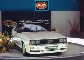 Leģendārā Audi pilnpiedziņas sistēma quattro šogad svin 40 gadu kopš tās prezentācijas Audi quattro modelī 1980. gadā 2