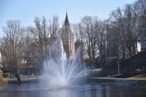 Valmieras pilsēta un Gaujas krasti lēnām plaukst un ir pavasara gaidās 2