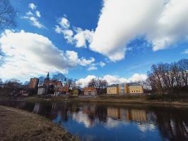 Valmieras pilsēta un Gaujas krasti lēnām plaukst un ir pavasara gaidās 25