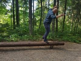 Lielvārdē ceļotāji var baudīt pastaigu dabas takās un parkos 11