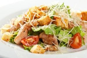 Viesnīcas Park Hotel Latgola  restorānā «Plaza» var baudīt pavasarīgu ēdienkarti 5