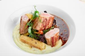 Viesnīcas Park Hotel Latgola  restorānā «Plaza» var baudīt pavasarīgu ēdienkarti 7