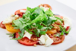 Viesnīcas Park Hotel Latgola  restorānā «Plaza» var baudīt pavasarīgu ēdienkarti 12