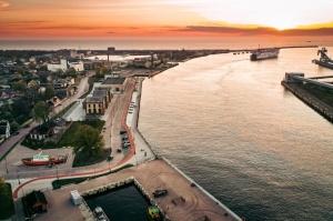 Ventspils pusē ceļotājiem pieejamas pavasarīgas pastaigu vietas 4